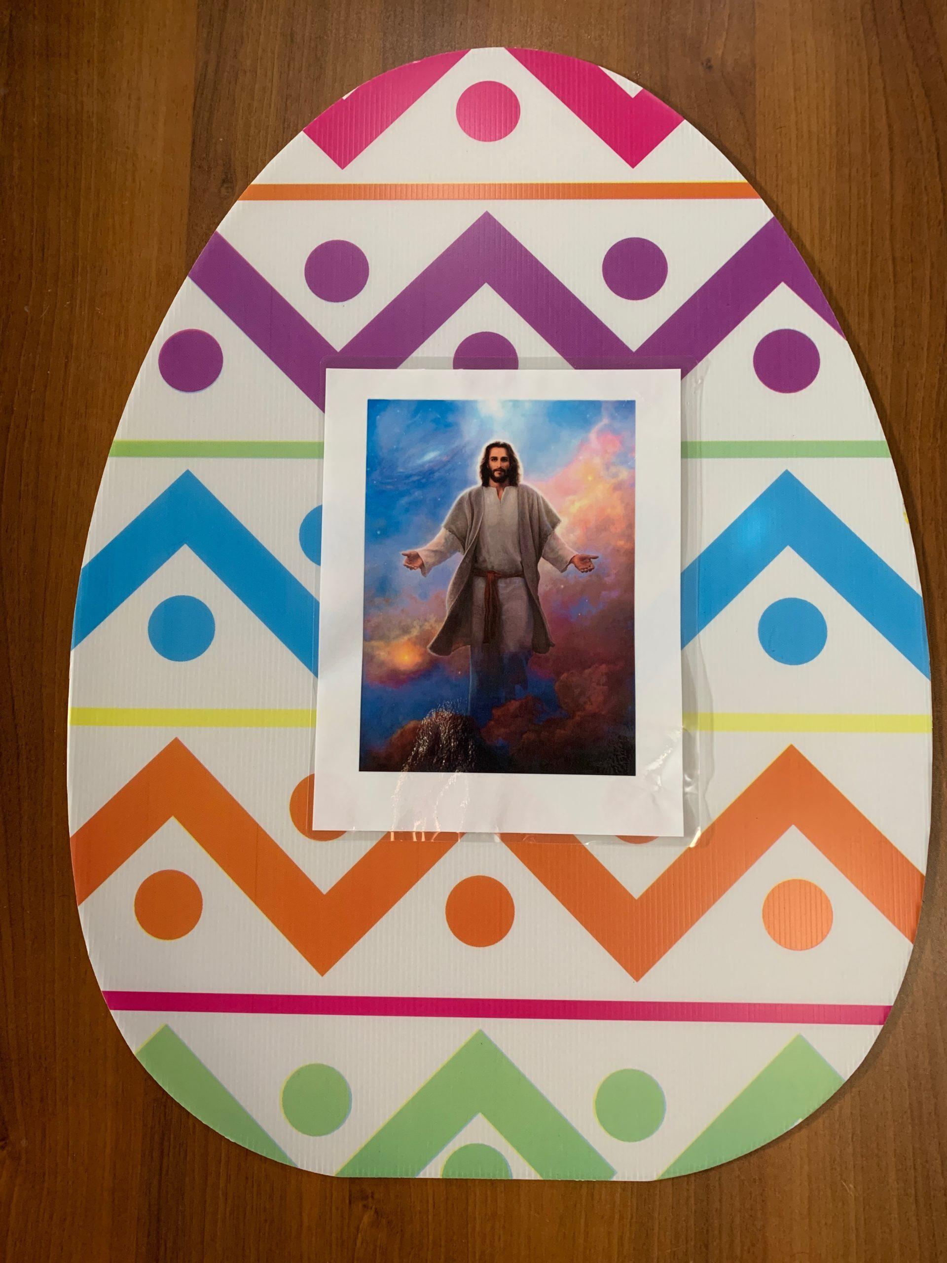 EGG 12 - JESUS LIVES!